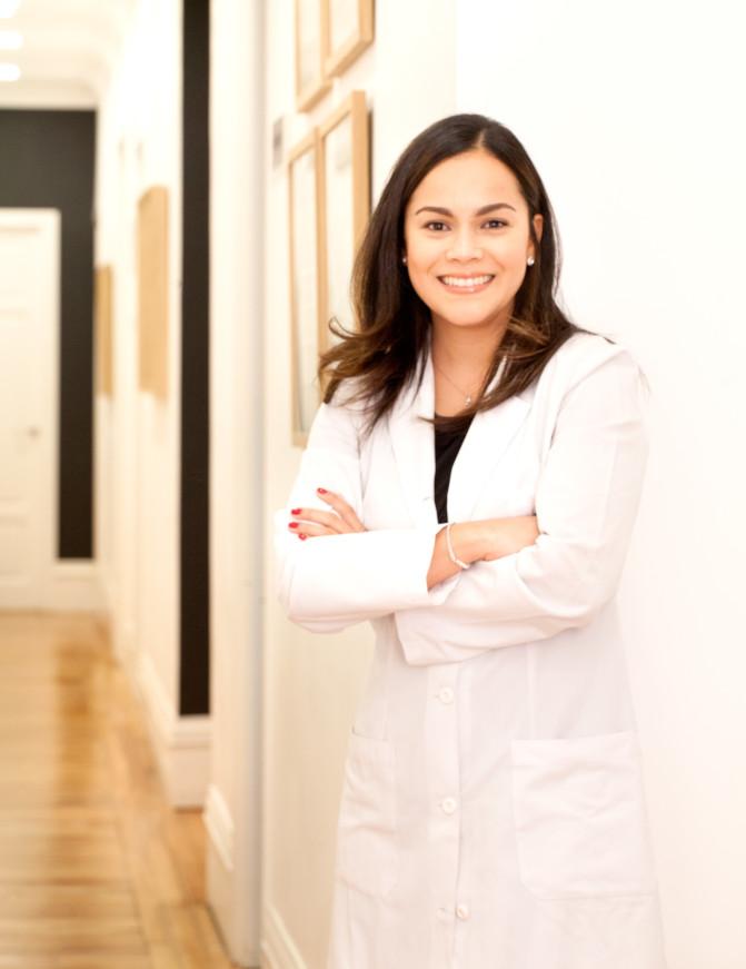 Dra Adriana Pardo